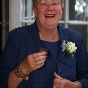 Maureen Bluett