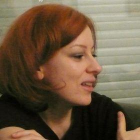 Anna Varsányi