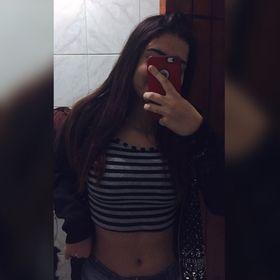 Lívia Marques
