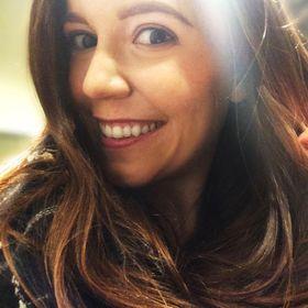 Lindsay Shapka | The Anthrotorian | Travel + Adventure Blog