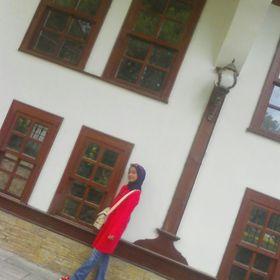 Zeynep Rana