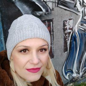 Rania Papakonstadinu
