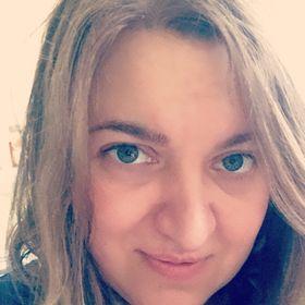 Helga Nyári