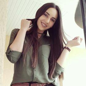 Ionela Pop