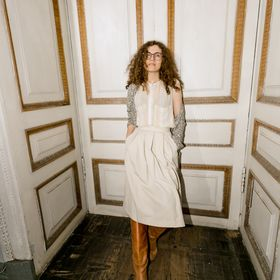 Алена руденко ищу девушку работа франции
