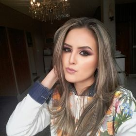 Natália Alcazar