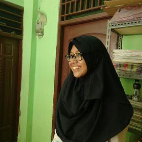 Putri Khalidah