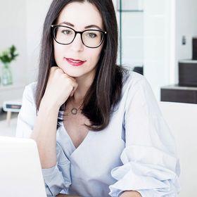 Viktoria – Lifestyle & Business Style Blog – MY MIRROR WORLD