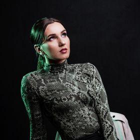 Elena Hălmgiu