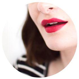 Allison | Makeup Obsessed Writer