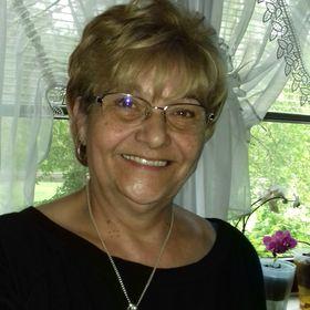 Eva Hamza