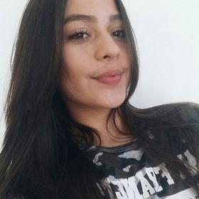 Beatriz Benathar