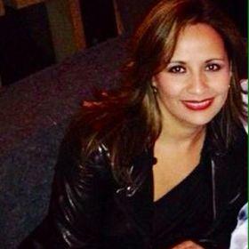 Roxana González G