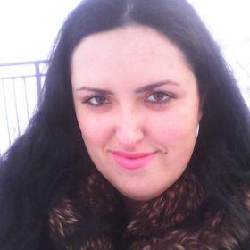 iulia roxy