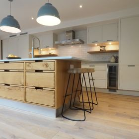 True Handleless Kitchens