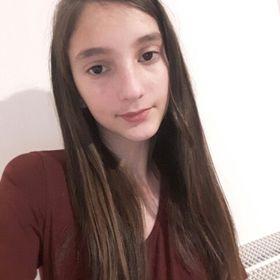 Savina Savinaki