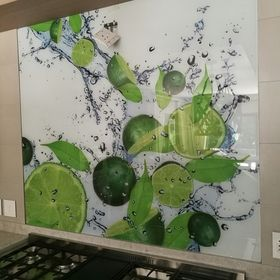 Shamik Customised Glass Designs