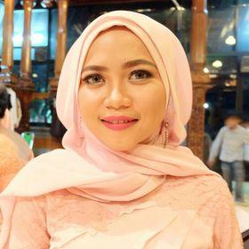 Dewi Ramadhani