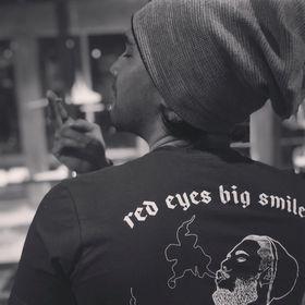 Yakuza Premium Femmes T-shirt CHERRY Skulls Noir Femme Tshirt Ladies Thé
