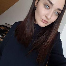 Adina Apetrei