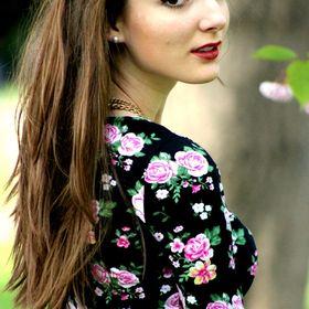 Laura Smaland