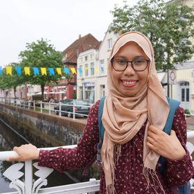 Annisa Hidayat