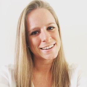 Caroline Van Hasselt