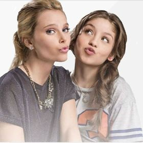 c4bb7a58f1 Karol Sevilla (besoaisa) on Pinterest