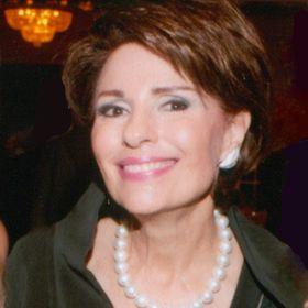 Dr Gail Gross