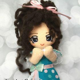 Minadori Art Felt doll