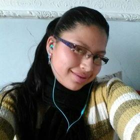 Diana Quinayas