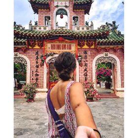 Laura Nalin | Travel Blogger