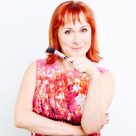 Ariane Poole