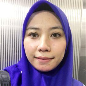 Erna Nur Aina