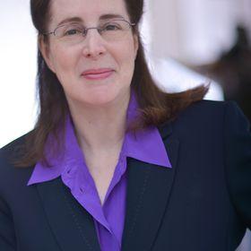 Dorlee Michaeli | Social Work Career + Therapy Tips
