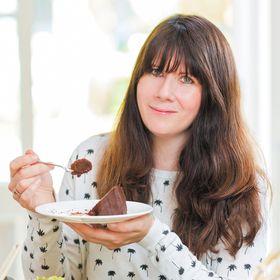 Natasha Collins (Nevie-Pie Cakes)