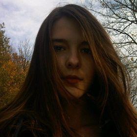 Tessa Larkens