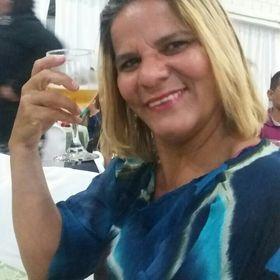 Elenice Oliveira