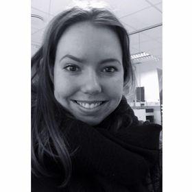 Emilie E. Skjelle