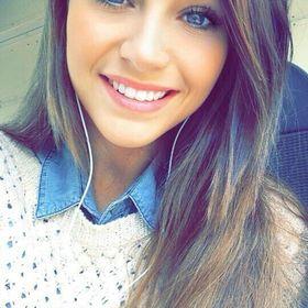 Nicole Castro