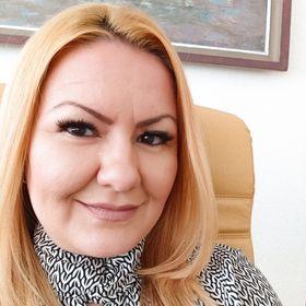 Тина Писарова