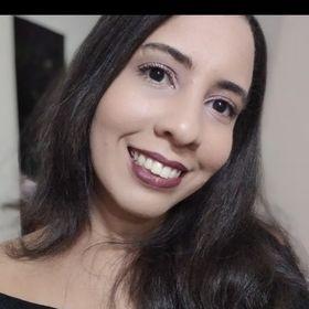 Larissa Evelyn