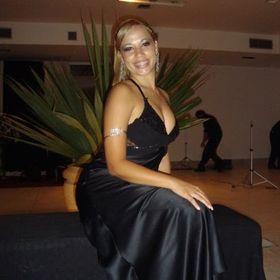 Evelyn Cavalcanti