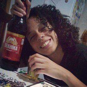 Érica Almeida