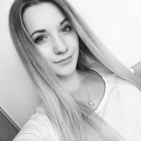 Monika Plavuchová