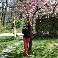 Dóra Cseresznyés