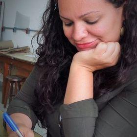 Emanuelle Figueiredo