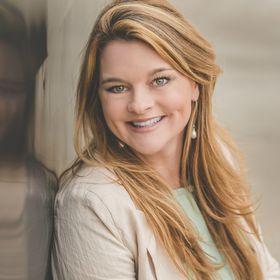 Julie Lyles Carr