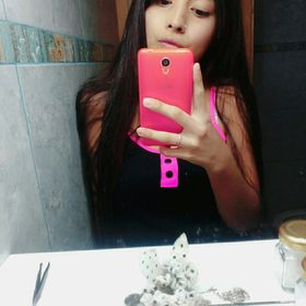 Shanina Canteros