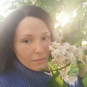 Roya Alvandi